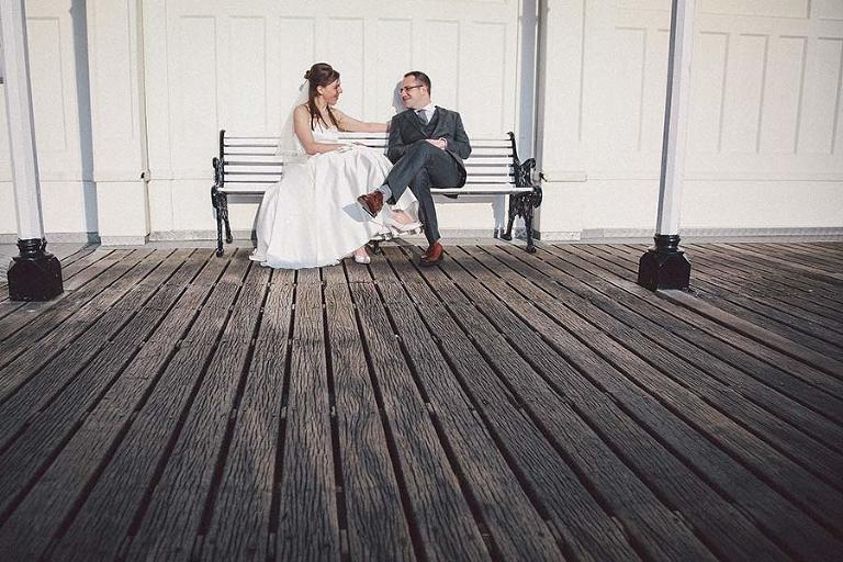 brighton-wedding-couple-brighton-pier