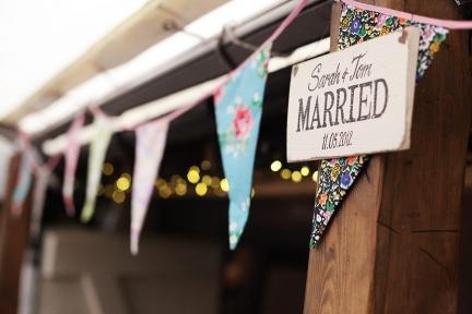 bunting-pangdean-wedding