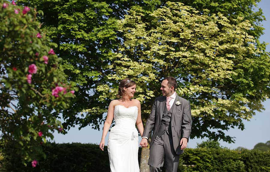wedding photographer pangdean old barn 187 paul fletcher