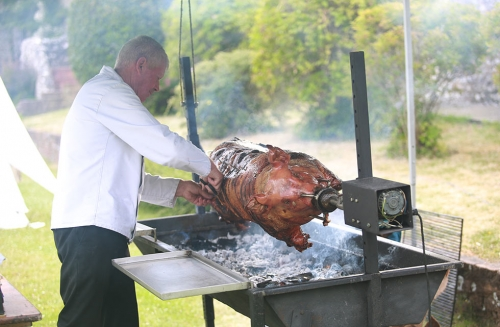 wedding-roast-hog-by-Bob-The-Hog