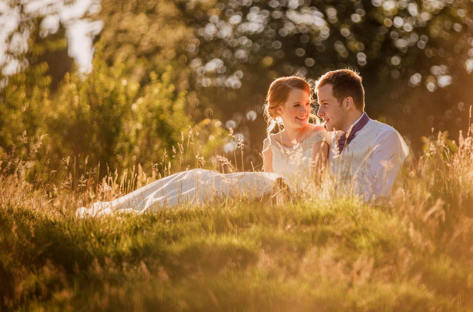 bride and groom golden hour buxted park